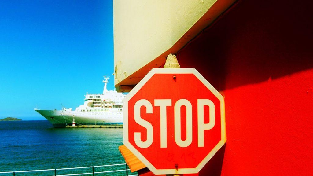 Covid: Australia in talks over quarantine-free travel